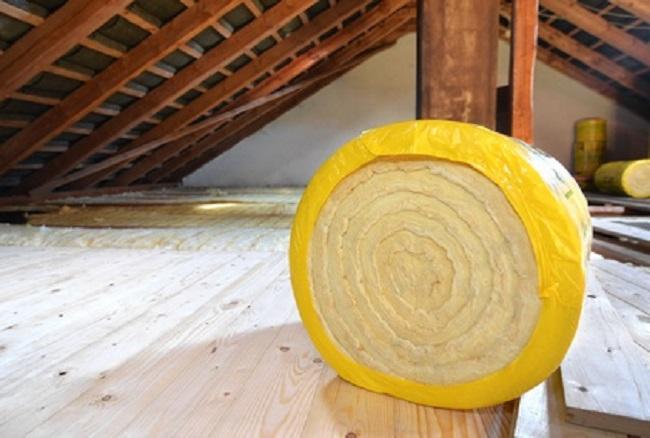 Isoler le plancher du grenier