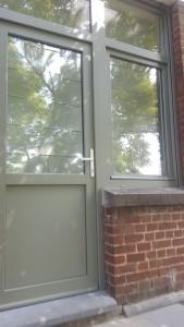 Châssi en PVC et fenêtres en double vitrage