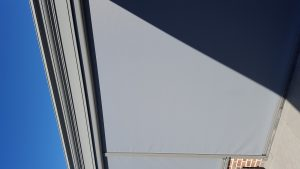 Protection solaire pour une véranda